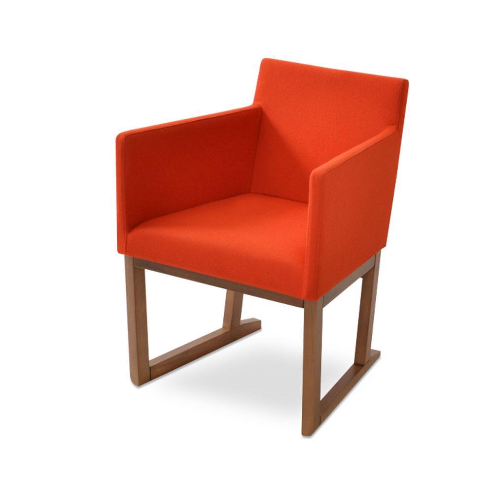 Harput Sled Wood Arm Chair Fabric 04 1500x