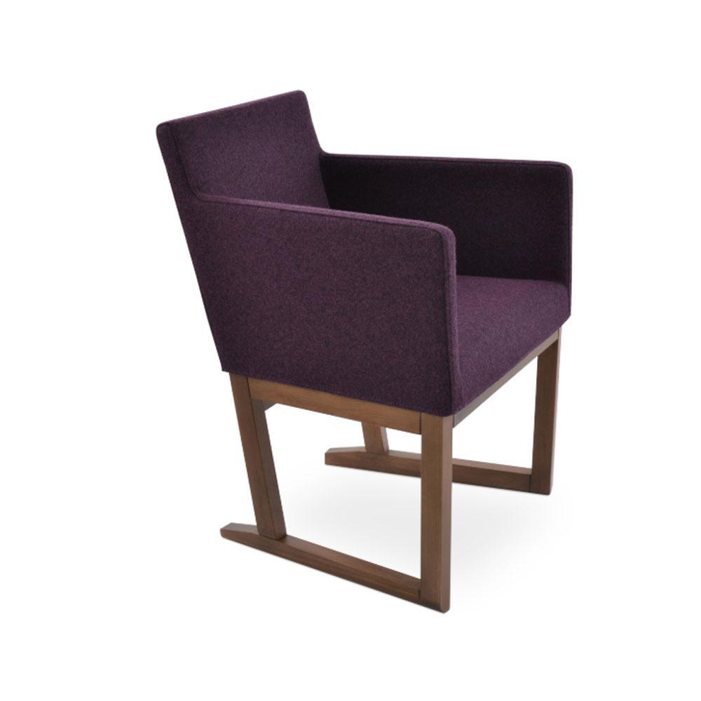 Harput Sled Wood Arm Chair Fabric 05 1500x