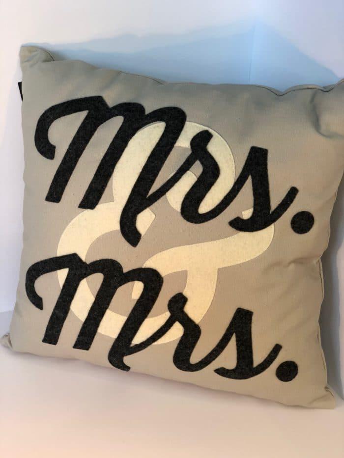 Mrs. & Mrs. Pillow