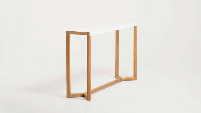 Trivia Console Table Corner 1