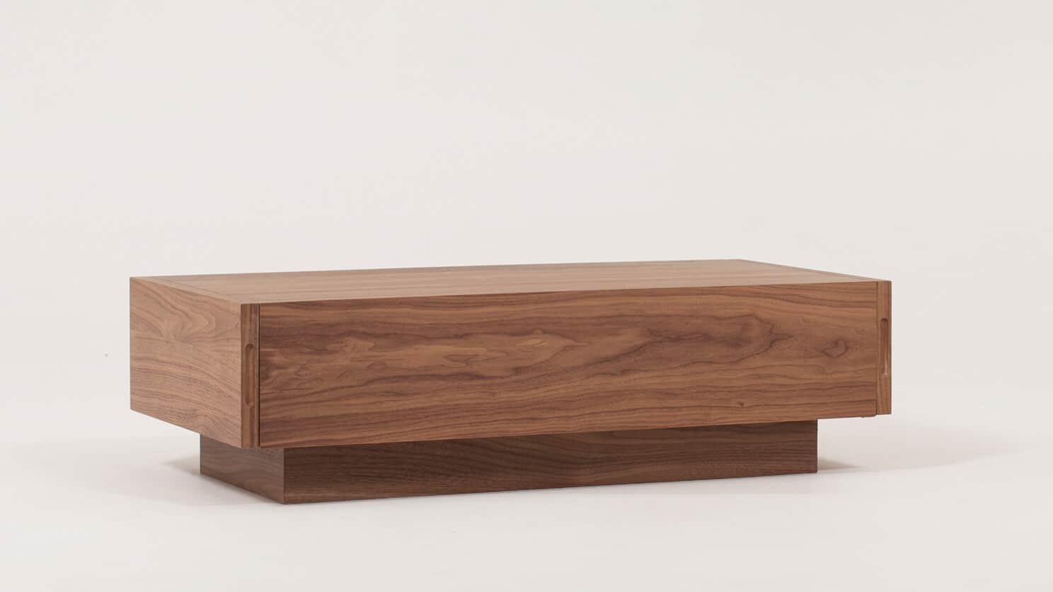 Walnut Cocktail Table Corner