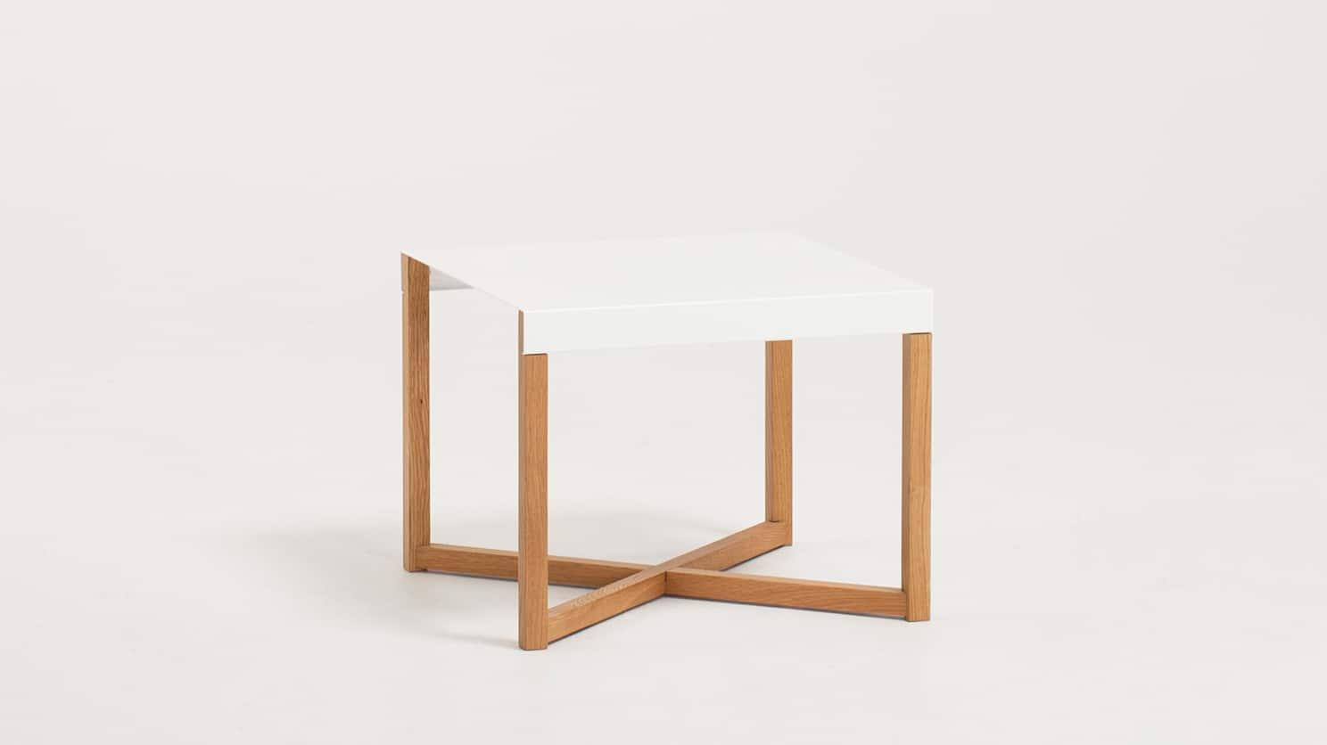 Trivia End Table Corner