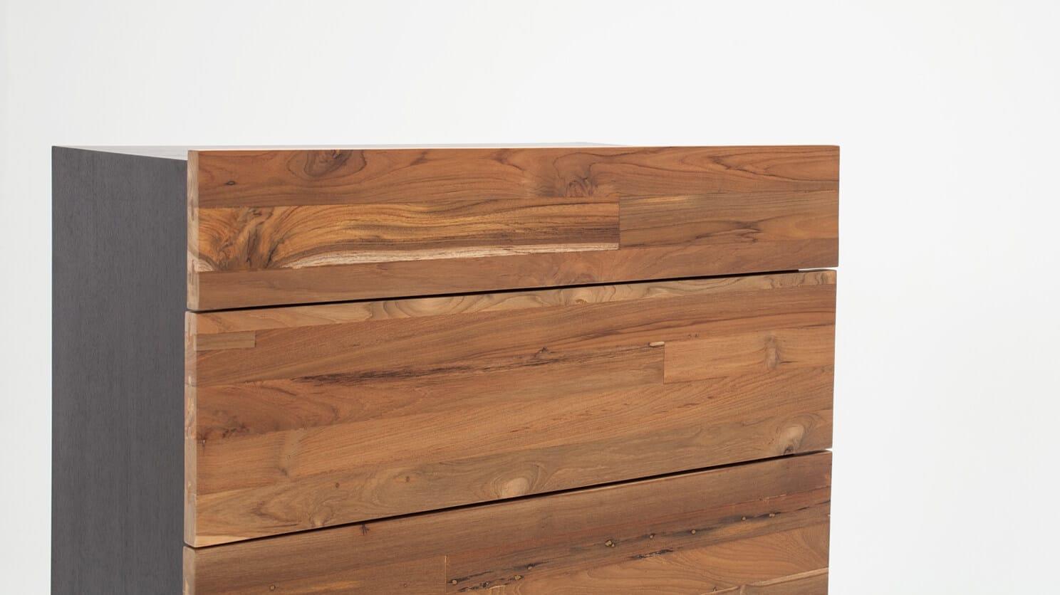 7040 437 par 5 chests reclaimed teak chest charcoal detail 02