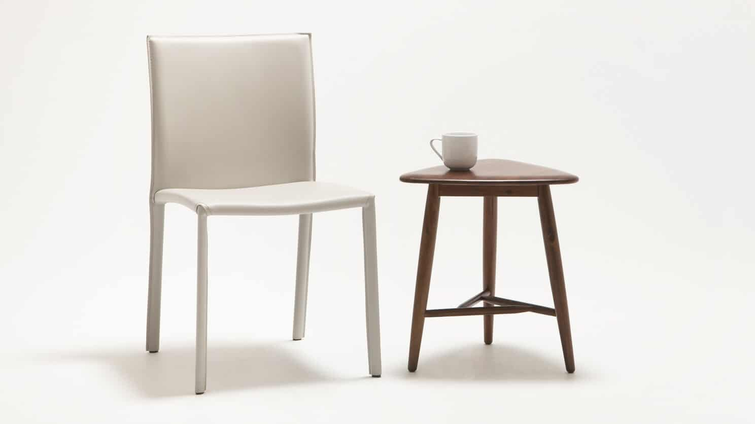 7110 090 49 3 end tables kacia end table detail 01