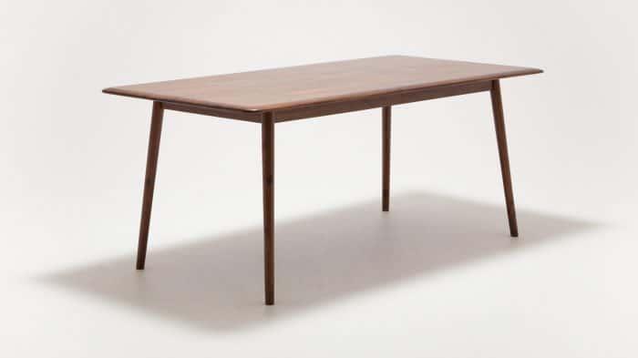 7110 300 49 2 dining tables kacia dining table corner 01