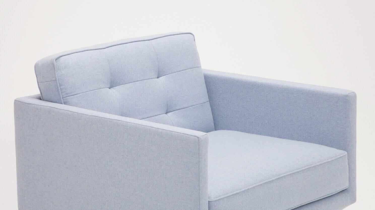 30155 95 par bp 3 chairs plateau club chair foam lana light blue detail 01