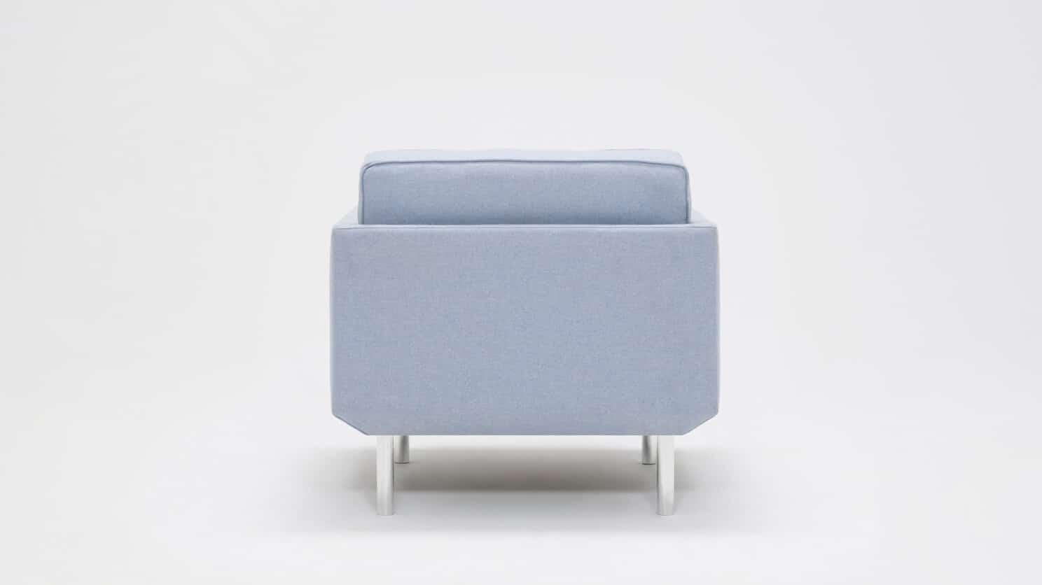 30155 95 par bp 5 chairs plateau club chair foam lana light blue back 01