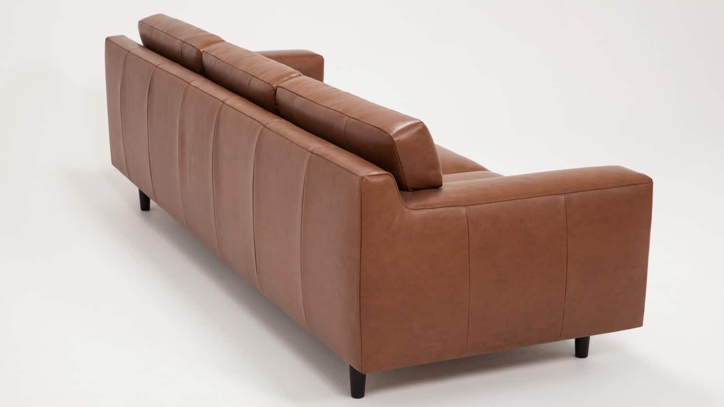 37132 s3 hp 7 sofas remi sofa classic sahara detail 04