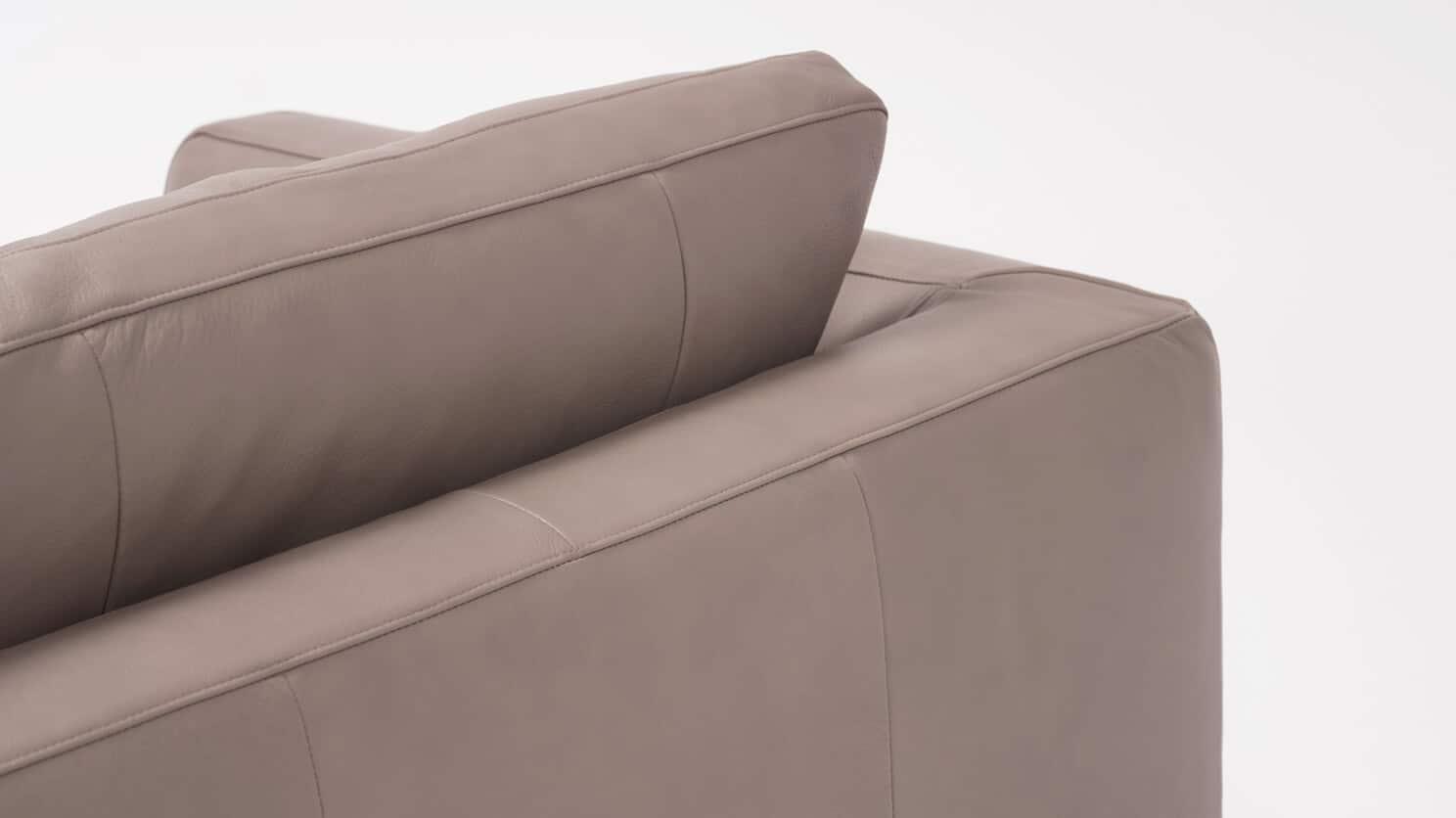 37136 01 4 sofas cello suave chrome detail 02