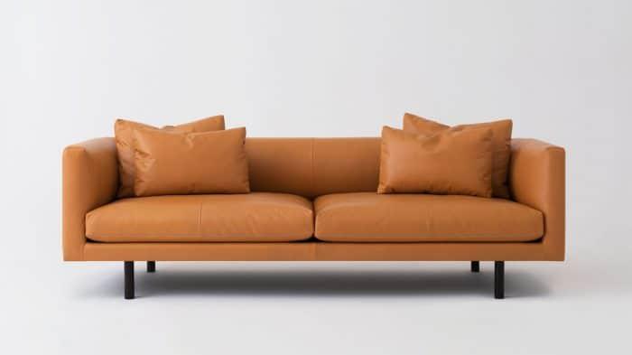 37148 01 1 sofas replay coachella camel front 01