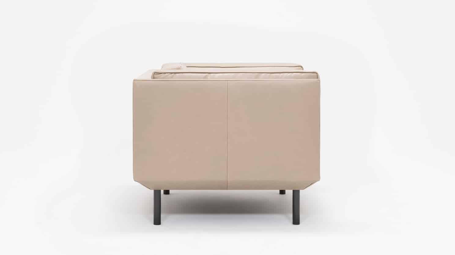 37154 02 4 chairs plateau chair feather coachella warm grey side 01