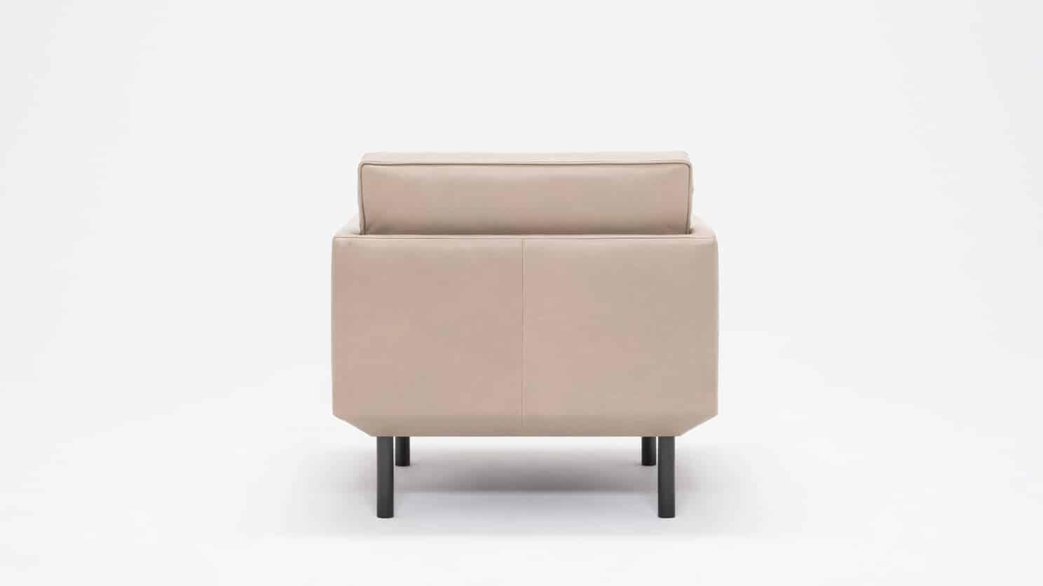 37155 95 par bp 5 chairs plateau club chair foam coachella warm grey back 01