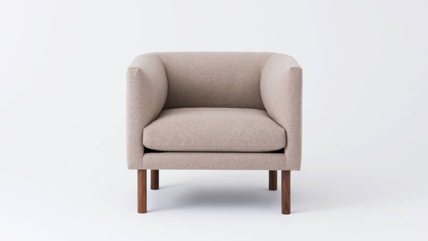replay club chair lana sand front 01