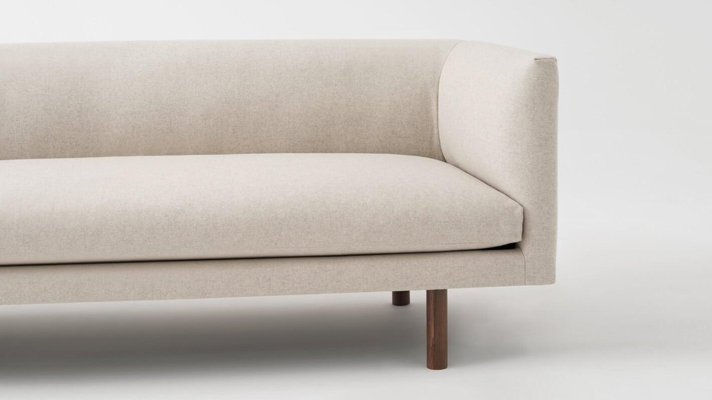 replay club sofa lana sand detail 01