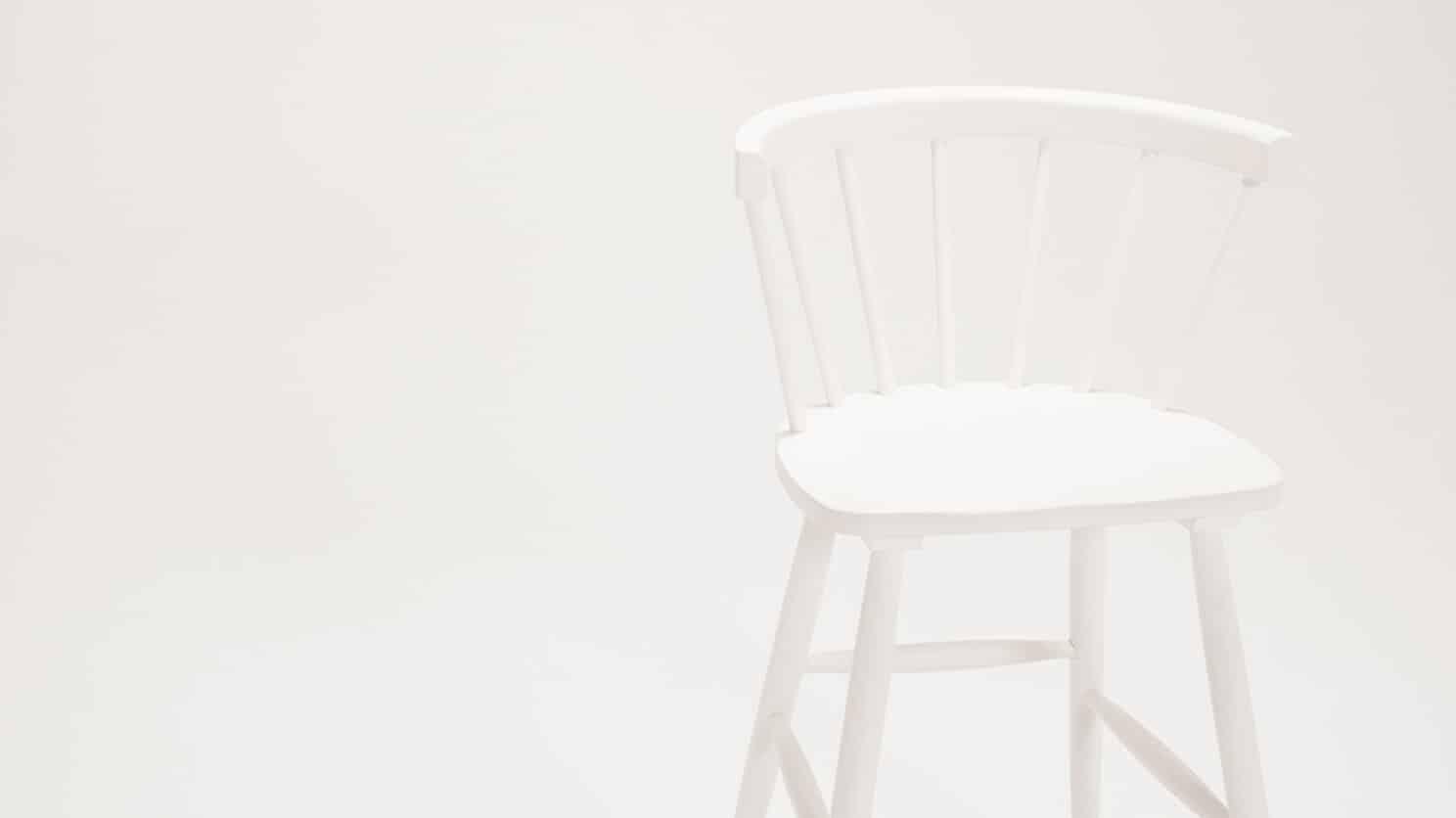 3020 270 par 7 stools lyla arm bar stool white detail 01