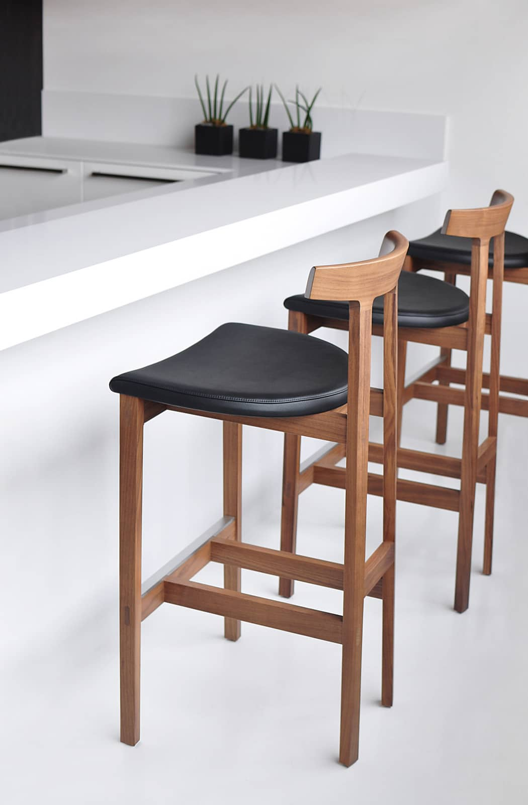 Bensen Torii Stool  0002 DSC 0996 fixed