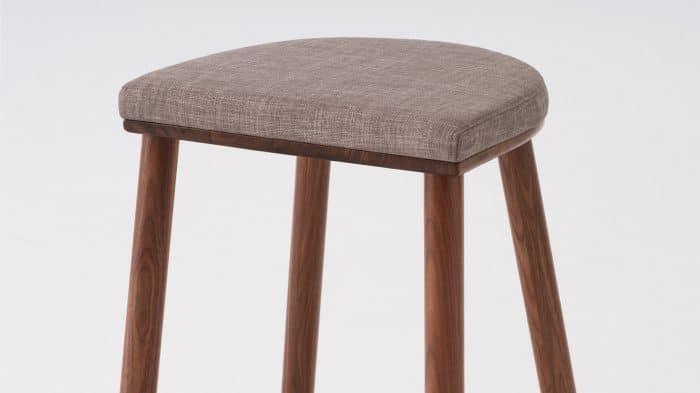 lima counter stool light grey walnut base detail 01