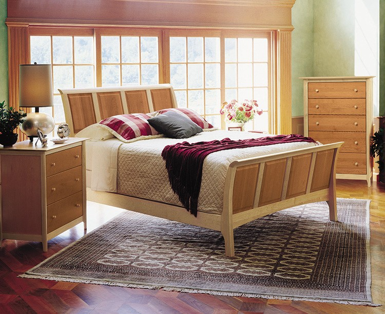 sarahsleighbedroom51incherrymaple 1